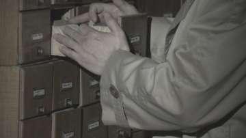 Репортерски поглед: Мъчителното отваряне на досиетата