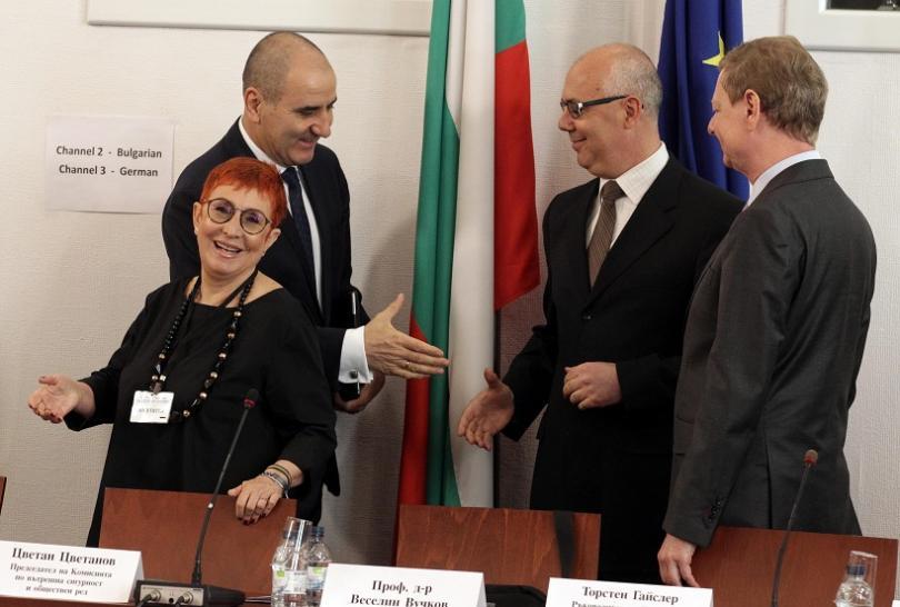 снимка 1 Цветанов: Разчитаме на подкрепа Комисията по досиетата да продължи работа