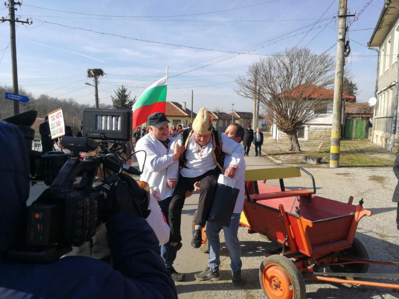 Дядовден отпразнуваха днес в русенското село Черешово. Това е единственото