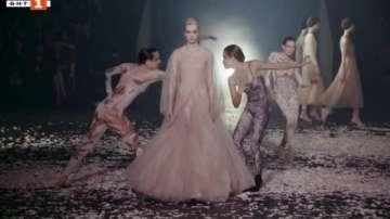 ДРУГИТЕ новини: Танцът на Диор