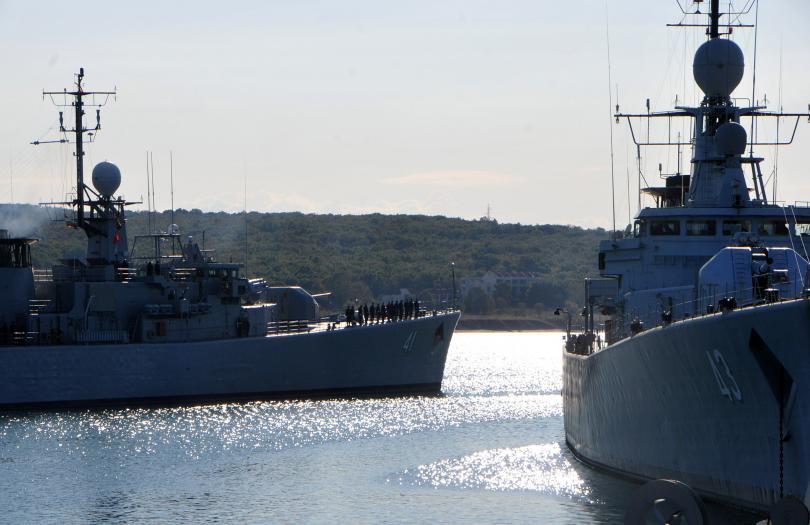 снимка 2 Фрегатата Дръзки ще се включи в операция на НАТО в Средиземно море