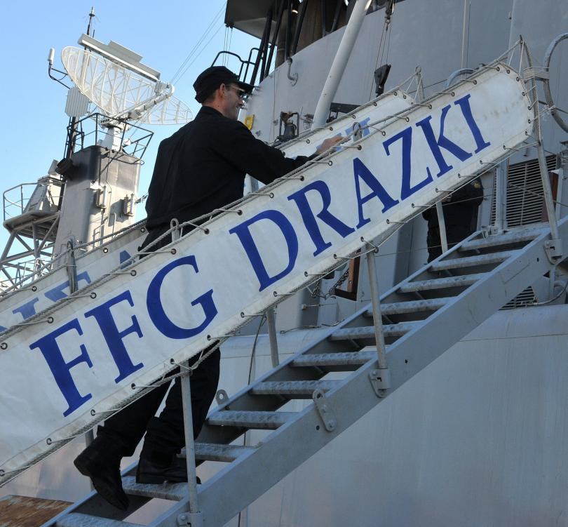снимка 3 Фрегатата Дръзки ще се включи в операция на НАТО в Средиземно море