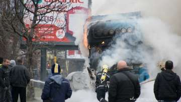 Запалил се камион затруднява движението по бул.Цариградско шосе