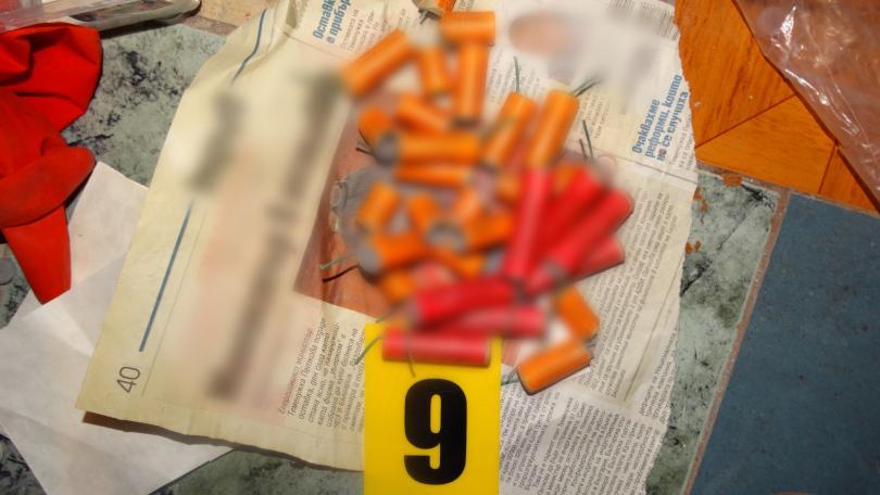снимка 13 16-годишен ученик планирал атаката в Пловдив със самоделни бомби (СНИМКИ)