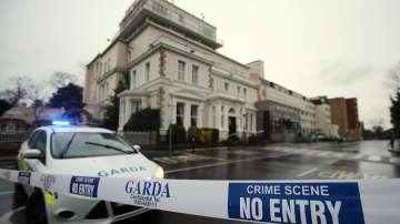 Маскирани като полицаи убиха трима преди боксова гала вечер в Дъблин