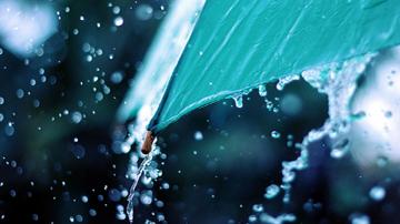 Жълт код за интензивни валежи и гръмотевични бури в 13 области днес