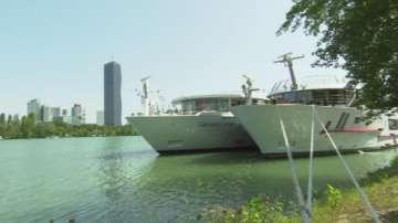 Критичен спад в нивото на река Дунав, има заседнали кораби