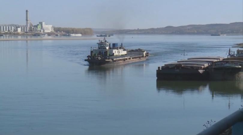 Причината е в критично ниските нива на река Дунав в