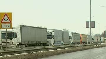 Трафикът през Дунав мост при Русе се е увеличил двойно за година