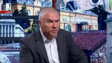 Веселин Марешки: Модерният свят върви към разоръжаване