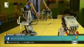 Ученици от Русе конструираха роботи за деца със специални потребности