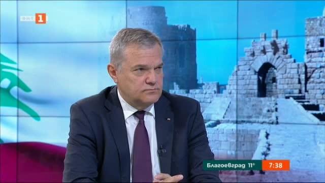 Промените в кабинета и напрежението между държавните институции коментира в