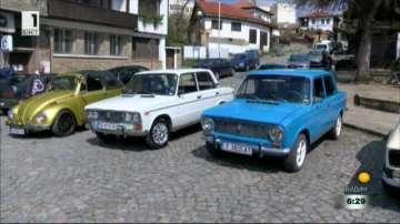 Парад на ретро автомобили в Дряново
