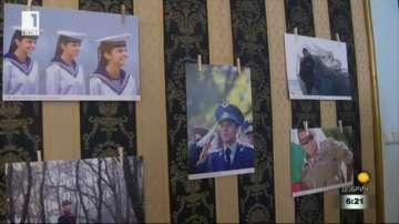 Фотографска изложба Хиляди лица - една армия