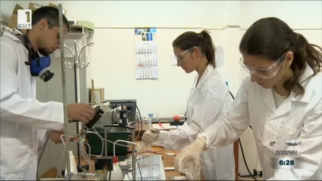 В един от институтите на БАН български екип разработва заедно