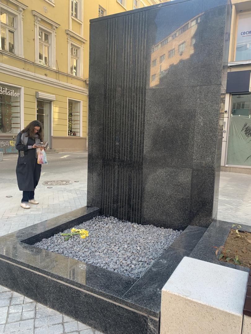 Водна стена на улица Граф Игнатиев стана хит в социалните мрежи