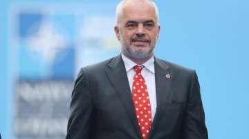 Албанският премиер Еди Рама е готов за предсрочни избори наесен