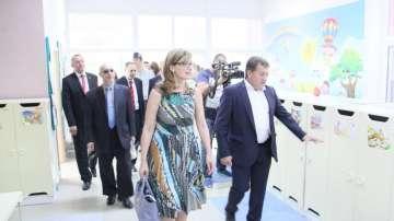 Захариева: Правим всичко възможно Македония да започне преговори за ЕС