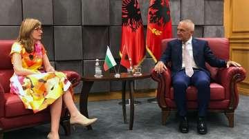 Албанските власти: Надяваме се на по-тясно сътрудничество с България