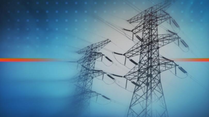 Няколко квартала в София са без ток заради горящ електропровод