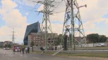 Пожар на електропровод остави временно без ток три столични квартала