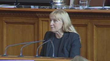 Съдът отложи делото на Елена Йончева срещу премиера Бойко Борисов
