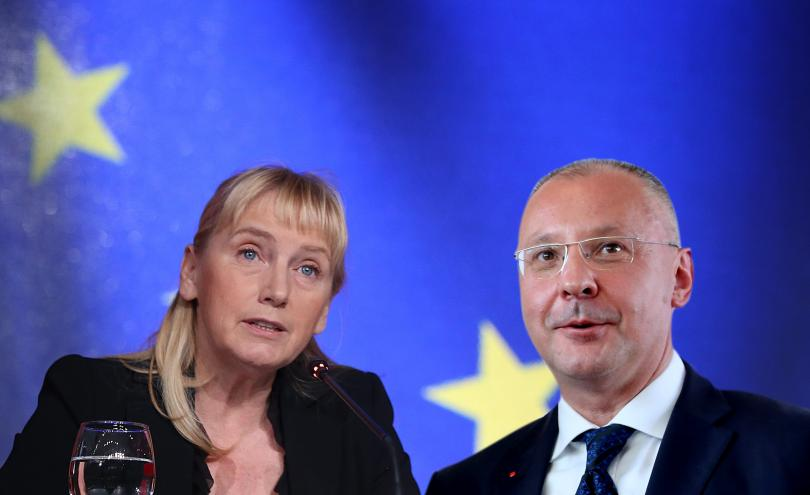Елена Йончева ще води листата на БСП за евроизборите. Тя