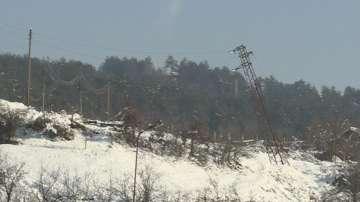 След обилния сняг: Пет дни села край Банско и Разлог са без ток