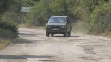 Опасен пътен участък край Елин Пелин