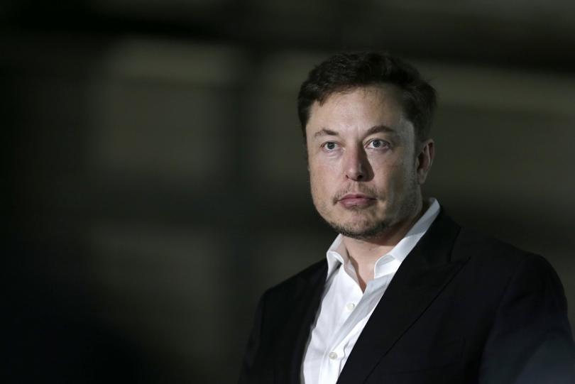 милиардерът предприемач илон мъск отново скандализира поведението