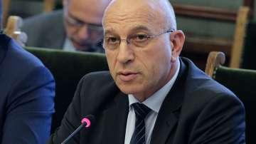 Емил Христов остава заместник-председател на парламента