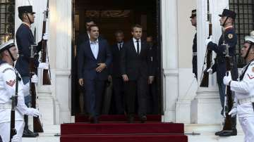 Еманюел Макрон започна двудневно посещение в Гърция