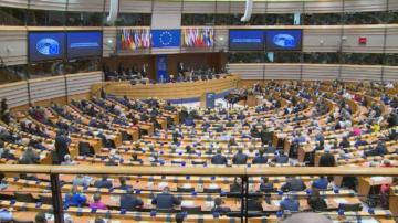 Настроенията в Европейския парламент преди да бъде гласувана сделката за Брекзит