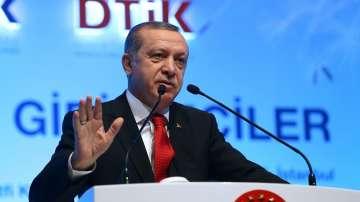 Ердоган настоява за наказание за германското предаване, което го иронизира
