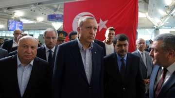 Реджеп Ердоган посети летище Ататюрк