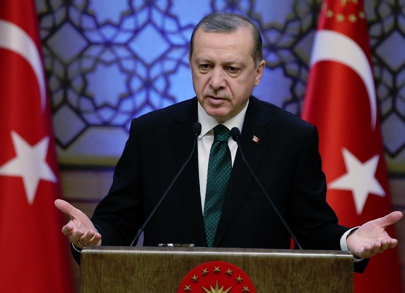 турският президент заклейми холандците