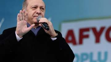 Турция заплашва с отмяна на споразумението за мигрантите