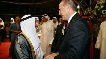 Ердоган разговаря с емира на Кувейт за кризата в Залива