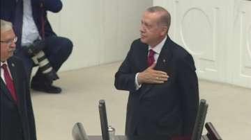 Реджеп Тайип Ердоган положи клетва като първия президент с изпълнителна власт