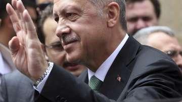 Ердоган призова за спокойствие на фона на срива на турската лира