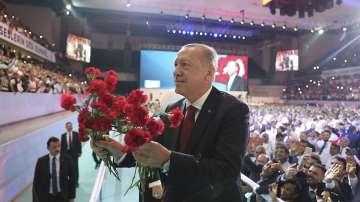 Ердоган беше преизбран за лидер на Партията на справедливостта и развитието