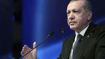 Ердоган разкритикува Централната банка, която повиши основния лихвен процент
