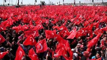 Над 1,5 млн. души се събраха на митинг на Ердоган в Истанбул