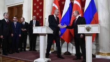 """Путин и Ердоган обсъдиха """"Турски поток"""" и ситуацията в Сирия"""