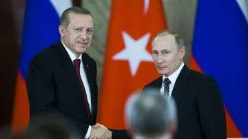 Путин и Ердоган се срещат за началото на сухопътната част от Турски поток