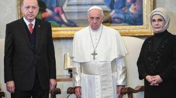 Турски президент за първи път от 59 г. във Ватикана