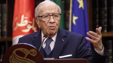 Съветник на тунизийския президент твърди, че той е жив