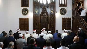 С молитва откриха реновираната Ески джамия в Хасково
