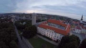 Естонците гласуват за нов парламент