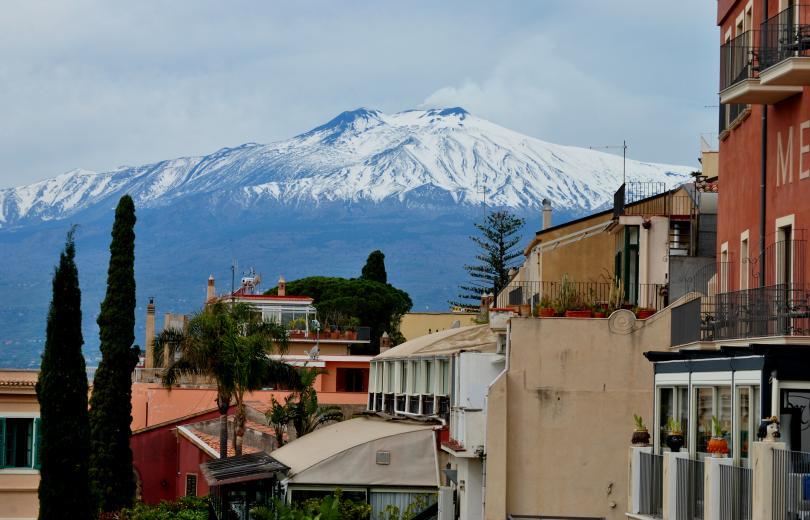 снимка 1 Вулканът Етна отново изригна